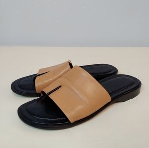 Tod's black tan leather slide thong sandals 6.5